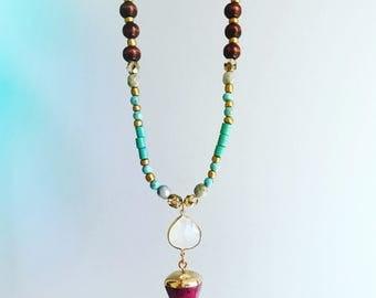 Pink gem necklace / Beaded boho necklace / opalite necklace