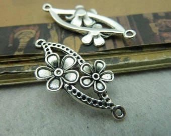 10pcs The  antique  silver  plating flower  pendant finding