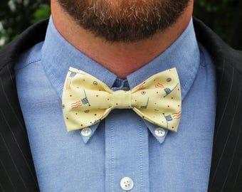 Men's clip-on American flag bow tie, patriotic clip on groomsmen necktie, pre-tied bow tie, americana groomsmen tie, ready to ship