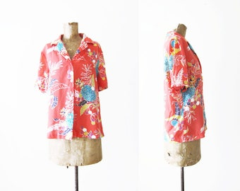 Womens Hawaiian Shirt / Rayon Hawaiian Shirt / 60s Hawaiian Shirt / Tiki Shirt / Pineapple Shirt /Tropical Shirt /Island Shirt /60s Clothing