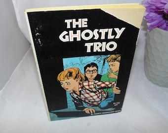 Vintage Scholastic book PB The Ghostly Trio Nancy Woollcott Smith 1972