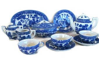 Blue Willow china child's tea party set, Japan, 1950's