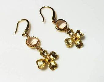 gold flower charm peach crystal glam earrings hypoallergenic earrings nickel free earrings dangle floral beaded jewelry gifts for her