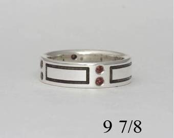 Garnet band, size 9 7/8, #204.