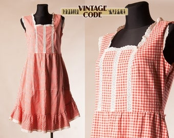 Red White Cotton Gingham Prairie dress /  Country Peasant Check Tiered Ruffled dress by Merry Finn  /  Cotton pocket dress / size Medium