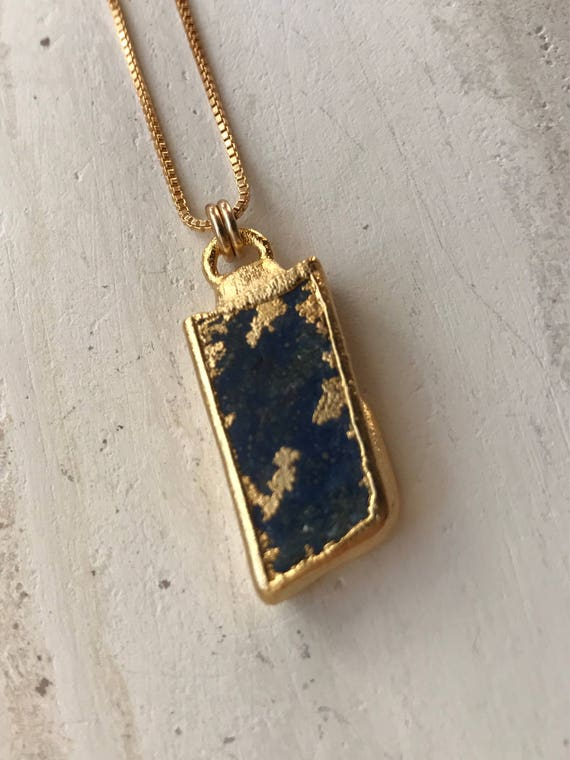 Lapis Lazlui Bar necklace