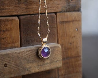 Amethyst pendant necklace, Gold Amethyst necklace, Purple stone necklace, February birthstone necklace, Small round  stone pendant necklace