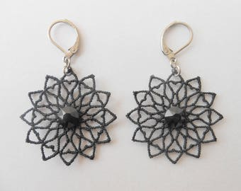 Black lace earrings with pastes cristal of Swarovski and ties stainless.
