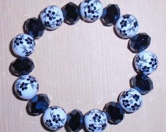 White Porcelain/Ceramic Black Flower & Crystal Glass Bead Stretch Bracelet ~ Free shipping in the USA