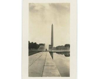 Washington Monument, 1935: Vintage Photo Snapshot (77591)