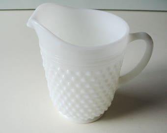 Large Milk Glass Pitcher, Hobnail Pitcher, Farmhouse Kitchen, Cottage Chic,  Classic, Shabby Chic