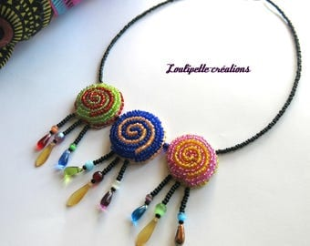 "Embroidered necklace ""swirls of colors"""