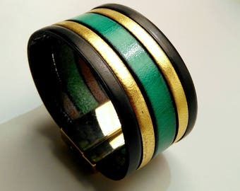 leather cuff black gold and Emerald with clasp gold