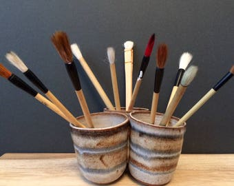 studio pottery planter / pencil holder