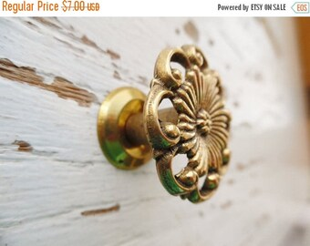 ON SALE Vintage, Floral, Flower, Drawer Pull, Furniture Pull, Knob, Dresser Pull, Brass, Made in Twain, NOS