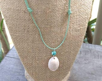 Hawaiian Granulated Cowrie Shell Leather Necklace