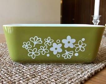 Vintage Pyrex Spring  Blossom Refrigerator Dish