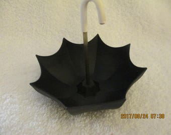 Vintage Die Cast Umbrella Ashtray