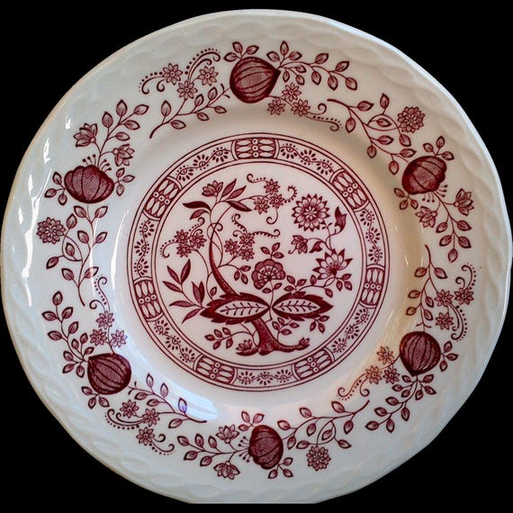 """Ironstone Red Transferware OLD VIENNA """"Pink Onion"""" by Enoch Woods and Sons  Burslem England, 10"""" Dinner Plate, Serving"""