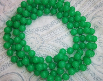 Vintage Green Lucite Bead Flapper Necklace