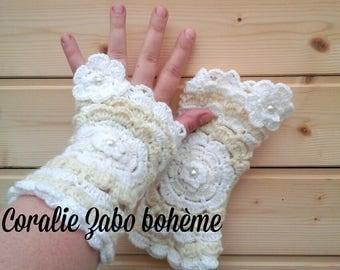 Fingerless boho-Fingerless crochet-Fingerless wool-mittens handmade boho-mitaines crochet en laine blanche et écru unique