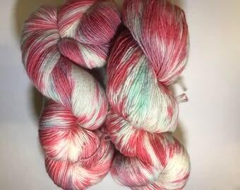 Variegated wool - Merino wool -  hand dyed wool- yarn-indie dyed -merino Variegated- sock yarn -hand dyed Sock- fingering weight variegated