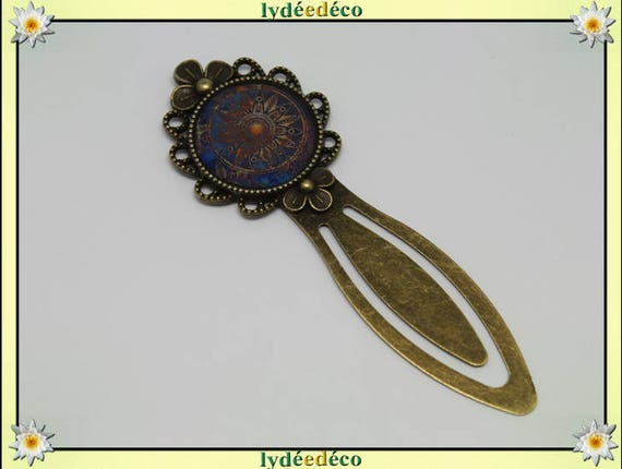 Bronze bookmark retro blue and Brown resin and brass rosettes