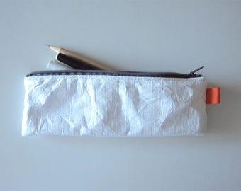 White polyethylene pen case, white pouch, white pen case - high density polyethylene fibres