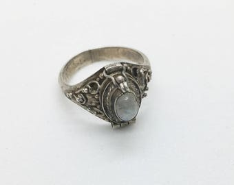 vintage sterling and rainbow moonstone poison ring, size 5.25