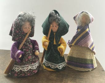 Swedish wooden doll figurine Set of 3 Girl figurines Wooden folk dolls Handmade Sweden souvenir