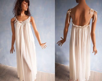 80s woman   white sphagetti straps  tent maxi nightgown/ nylon  pront embroidery  flower embroidery long night gown/ S