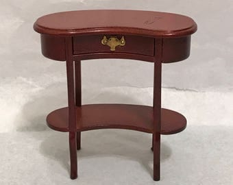 "Dollhouse Miniature  1"" scale End Table"