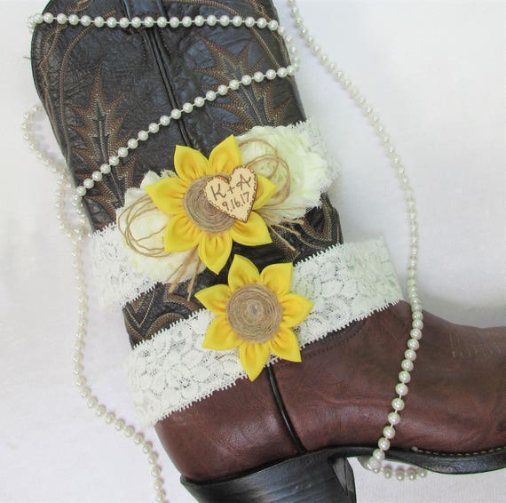 Country Wedding Garters: Personalized Sunflower Wedding Garter SetCountry Chic Wedding