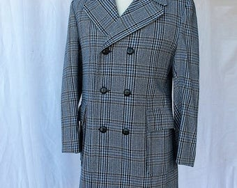 Spectacular Sale 25% off Classic Gray Blue Navy Blue Plaid Check Pea Coat Double Breasted Coat size 40 Styled by Ranoma Montreal