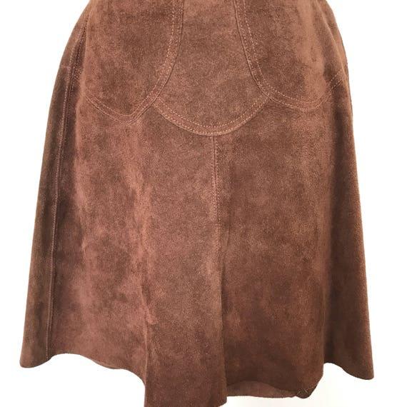 Vintage suede mini skirt 1970s brown real leather suede skirt scalloped stitching 70s boho hippy style UK 8 10