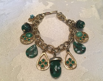 Vintage Charm Bracelet Gold Tone with Glass Beads