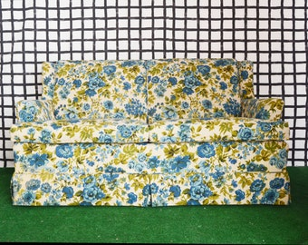 vintage blue cabbage rose floral loveseat/sofa/couch