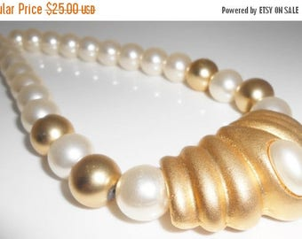 Imitation Pearl Necklace 1980's Joan's Collectibles 14mm