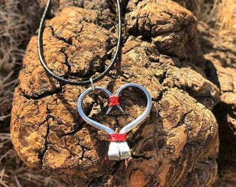 Horseshoe Nail Wire Heart Pendant Necklace Valentine Gift Women's Jewelry