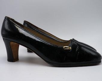 SALVATORE FERRAGAMO 1960's Black Patent Leather Heels