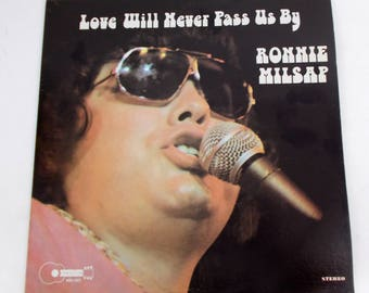 Ronnie Milsap Love Will Never Pass Us By Vinyl LP Record Album BBS-1022