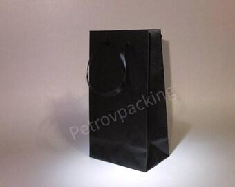 Small black  paper bags.PK. of 10 bags