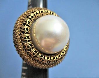 Large Baroque Cocktail Ring White Faux Pearl Adjustable Vintage Evening Wear Glam Bling Elaborate Gold Tone Filigree Bezel