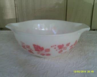 Vintage Pink Pyrex Bowl, 443 2.5 Qt., Gooseberry Cinderella, Pyrex Nesting Bowl, Large Pyrex Bowl, Gooseberry Pyrex