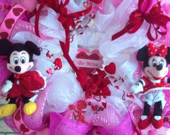 Mickie Minnie Mouse Valentine Wreath,  XL Valentine Wreath, Valentine Mesh Wreath,