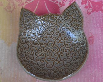 Cat bowl. Cat spoon rest. Cat dish. Cat jewelry holder. Small ceramic bowl. Ceramic cat dish. Soap holder.