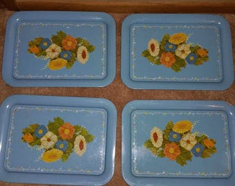 """Vintage Set of 4 Metal Trays Blue with Flowers Approx 17.5"""" x 13.5"""""""