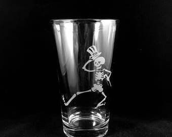 Grateful Dead Pint Glass Hand Etched Skeleton