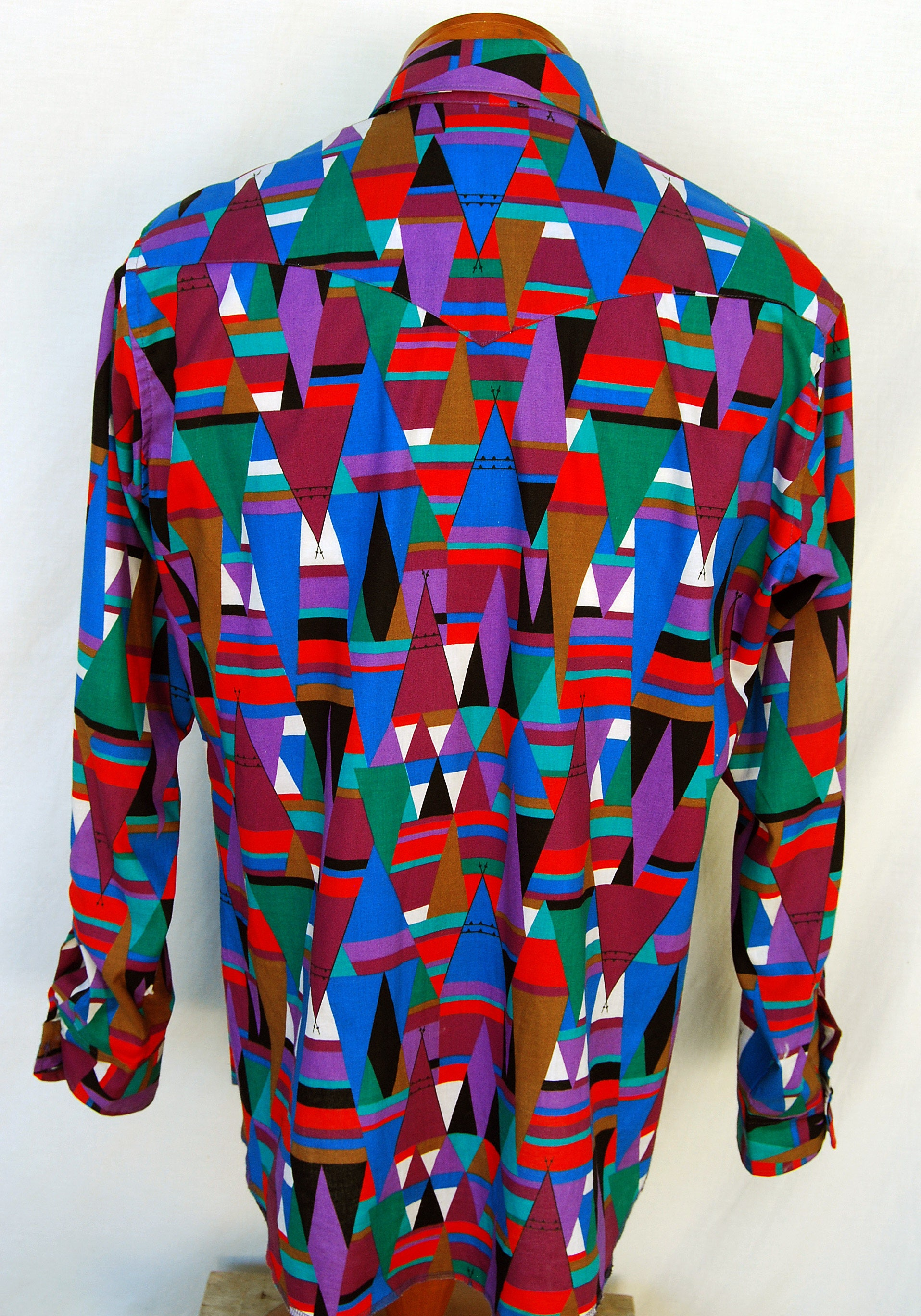 Vintage 90s Mens Color Block Geometric Western Shirt Wrangler Bright Abstract Tribal Clothing Cowboy