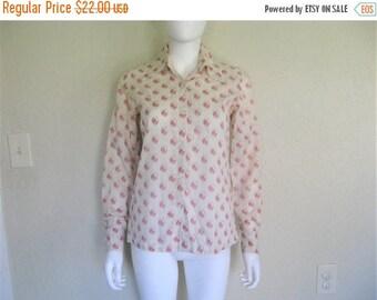 ON SALE Vintage Novelty print Shirt , medieval minstrel print button down blouse